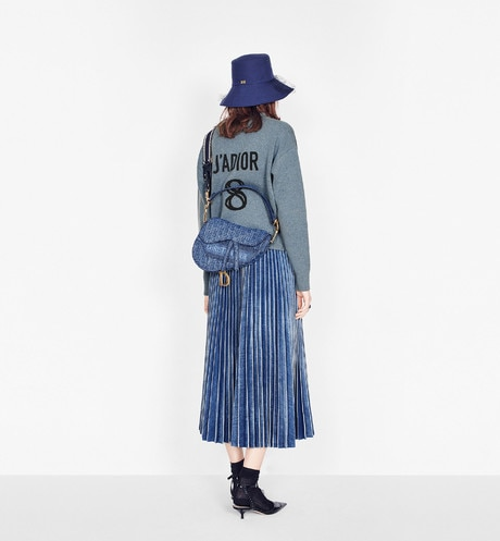 Sombrero de pescador Teddy-D Dior Oblique de ala ancha con velo aria_wornView aria_openGallery